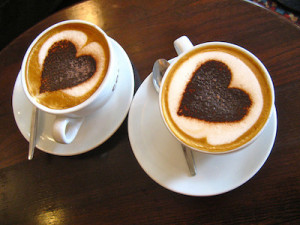 "CC License ""Drink my heart in the cup"", Cloud seeker, flickr"
